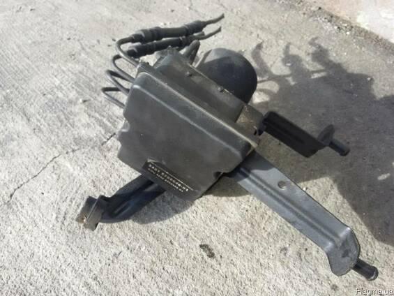 Блок управления помпой ABS 265950666 BMW 5 E60\E61 2003-2010