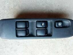Блок управления стеклоподъемниками Pajero 3 MR445652