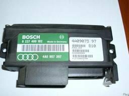 Блок управления зажиганием (датчиком детонации) Audi 100 C3