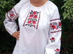 Блуза с украинской вышивкой женская