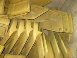 Бокорезы на ковш экскаватора, угловая защита кромки ковша