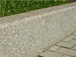 Бордюр гранитный (Камень бортовой)