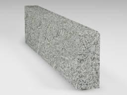 Каменные бордюры » Бордюр из Богуславского гранита 200x80x1000 термообработанный