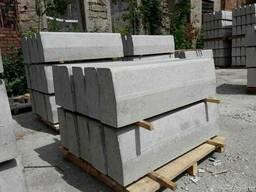 Бордюри дорожні бетонні, вібропрес
