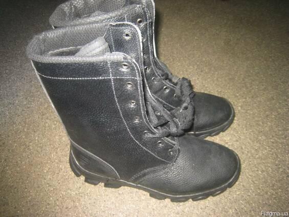 Ботинки с высокими берцами клеепрошивные, юфтевые, утепленные