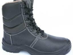 Утепленные ботинки с защитным подноском и антипрокольной пластиной.