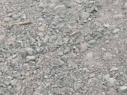 Дробленный бой кирпича и бетона для временного благоустройства территории