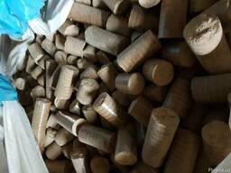 Брикет Нестро, 100% дубовий, Nestro в наявності