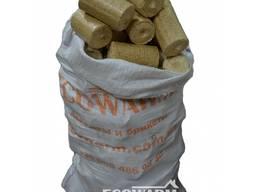Брикет Nestro из древесины в мешках по 35 кг от 1 тонны