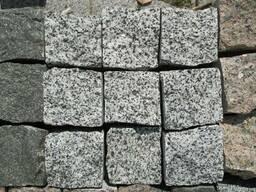 Тротуарна плитка з натурального каменю світло-сіра Тернопіль