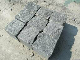 Бруківка колота гранітна з натурального каменю