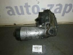 Б/У Корпус масляного фильтра (2, 5 TDI) Audi A4 B5. ..
