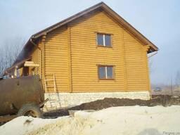 Будівництво будинків з оціліндрованої колоди.
