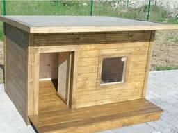 Будка для собаки с тамбуром, летней террасой и окном неутепл