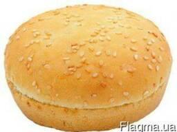 "Булочка ""Для гамбургера пшенична 50 d-9"" з кунжутом"