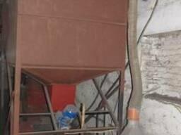 Бункер питатель для подачи опилок в гранулятор - фото 2