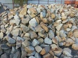 Бут камень дикий бутовый камень в Запорожье.