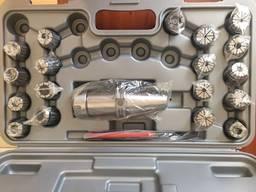 Цанговый патрон, набор цанг и ключ к цанговым патронам.