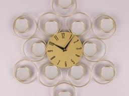 Часы металлические золото D-45