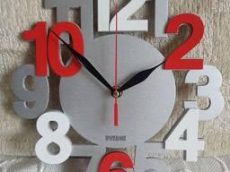 Часы настенные (фанера) с вашим логотипом