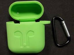Чехол для наушников case Apple Airpods зеленый