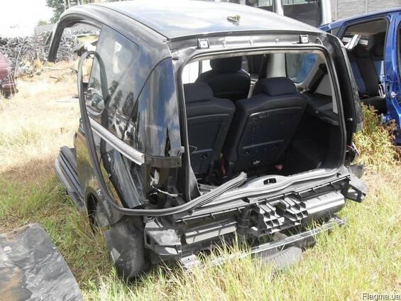 Четверть,Задня частина машины Peugeot 1007 2004-2009 б\у