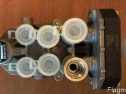 Четырехконтурный защитный клапан 1612054 DAF AE4528