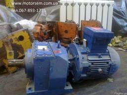 Цилиндрический соосный мотор-редуктор с усиленным валом 50мм