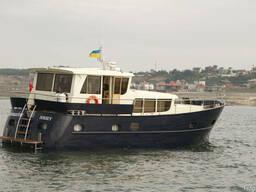 Cтальная моторная яхта 15 метров
