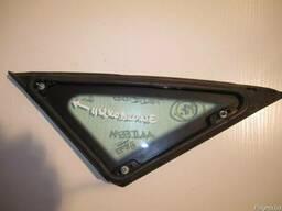 Cтекло боковое (глухое) левое Seat Altea ,Toledo MK3 б\у