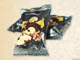 Цукерки Банан з горіхом в шоколаді 1. 5кг