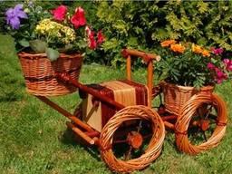 """Цветочник кашпо плетеный из лозы """"машина"""" . Декор для сада"""