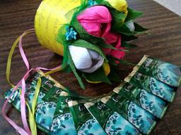 Цветы с конфетами и чаем. Greenfield. Букеты из конфет