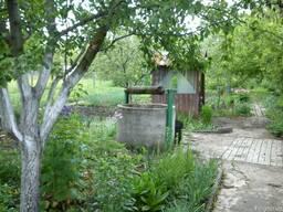 Дачный участок 6 соток с садом, домом, колодцем и хозпострой