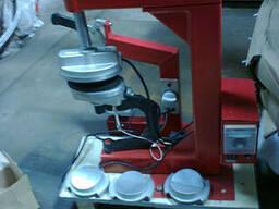 Dв-18. Вулканизатор настольный. Используется для вулканизаци