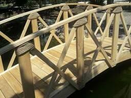Декоративный деревянный мост из ясеня