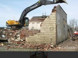 Демонтаж зданий, вывоз мусора.