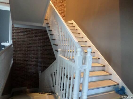 Деревянная лестница Одесса, изготовление лестниц