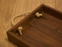 Деревянный поднос с бортами