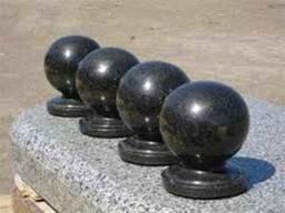Деталі до пам'ятника,памятника із граніту-вази,балясини,кулі