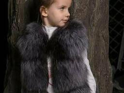 Детский жилет из меха чернобурки