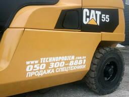 Дизельный вилочный погрузчик 5,5 т Caterpillar (Cat) DP55N б - фото 3