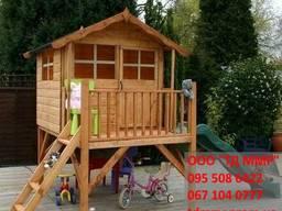 Деревянный домик с горкой, детский домик