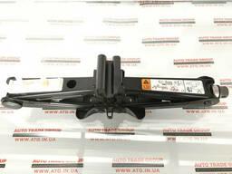 Домкрат Ford Fusion mk5 13- тип 1 ES7Z-17080-A