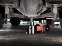 Домкрат S30-2EL пневмо гидравлический 30-15 т для грузовых