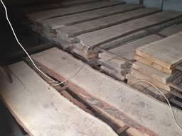 Доска дубовая необрезная, 50 мм, 2.5 - 2.6 м. 1 - 3 сорт, микс. 24 м3 в наличии