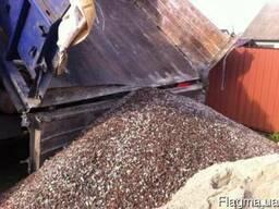 Доставка песка,щебня,отсева. Копка котлаванов