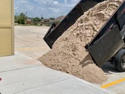 Доставка речного и овражного песка по лучшим ценам в регионе