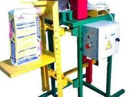 Дозатор шнековый (полуавтомат) для упаковки пылящих и трудно