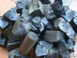 Древесный уголь из дуба и ясеня